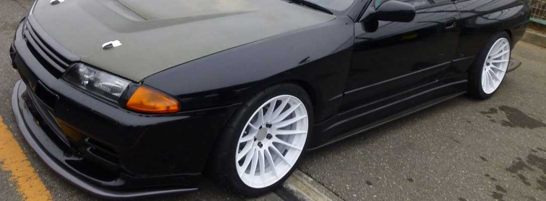 Enkei RS05RR Wheels on Nissan GTR R32