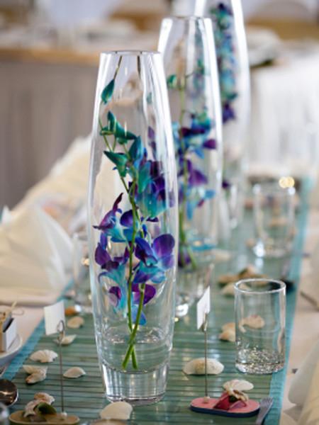 Single stem vase arrangement