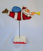 FLYING SANTA ON PEDESTAL PATTERN