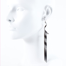 The.Edge 01 (Single* Earring)
