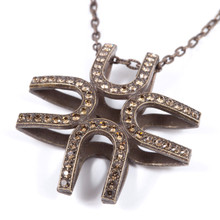 Neo.Classic 03 (Pendant / Necklace)