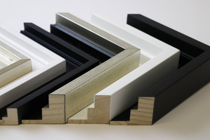 Frame Corners Moulding by Canvas Memoirs Pro