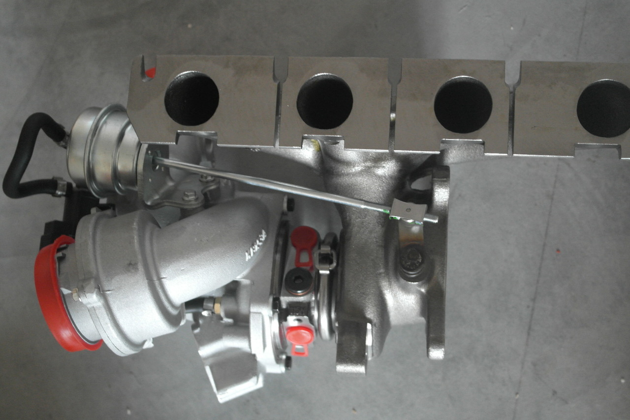 Golf 6 GTI K04 2 0 TFSI TSI Upgrade Turbolader fÌ_r IHI Turbo bis 370 PS  K04-064