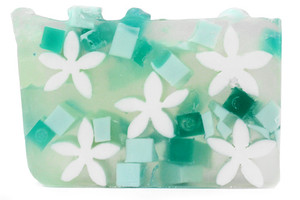 Gardenia vegetable glycerin soap