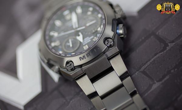 Casio G-Shock MR-G GPS Atomic Solar Hybrid MRG-G1000 MRGG1000B-1A