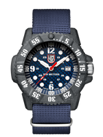 Luminox Carbon Seal 3803 46mm