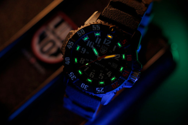 Luminox Master Carbon Seal 3801.C