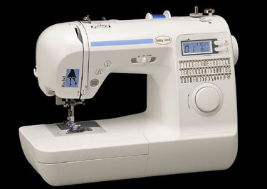 Ready to take your sewing to the next level? Rachel's the star of any sewing class, and she's here to help you. This computerized sewing machine is equipped with push-button features to make every project easier.