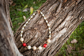 Mommy Vintage Gold and Red Tiny Bubble Pearl Necklace
