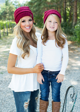 Girls Slouchy Knit Beanie Burgundy