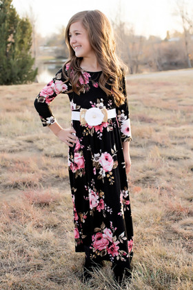 Girls in My Dreams Floral Pocket Dress Black