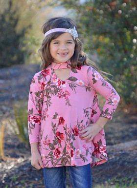 Girls Mauve Floral 3/4 Sleeve Top W/ Key Hole Front