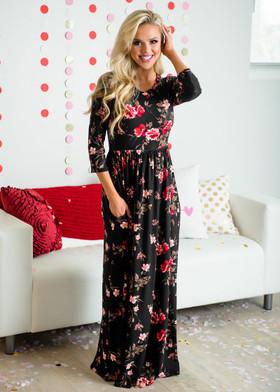 Mommy Beautiful Dream Floral Pocket Maxi Dress Black