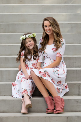 Mommy One and Only White Floral Cap Sleeve Dress