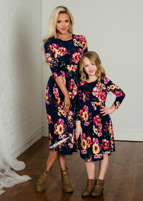 Mommy Majestic 3/4 Sleeve Floral Midi Dress Navy
