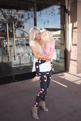 Mommy Love Me So White and Pink Heart Print Leggings