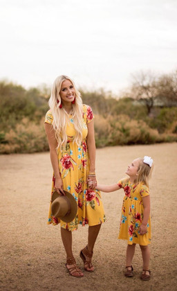 Girls Stuck in Paradise Floral Cap Sleeve Midi Dress Yellow
