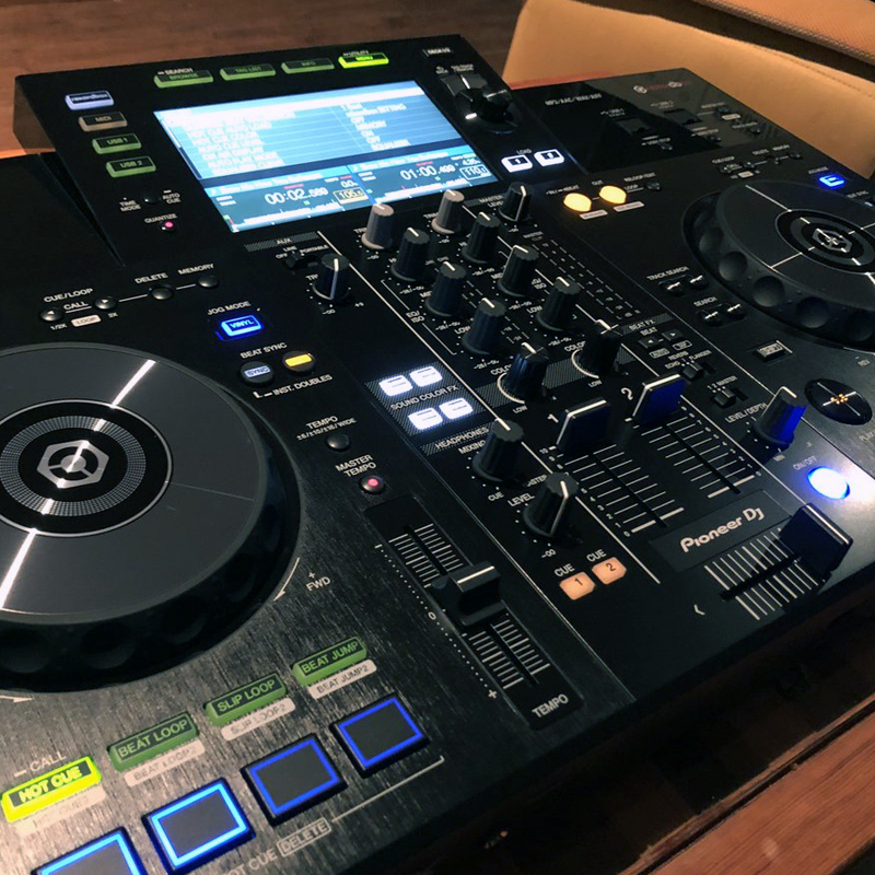 Pioneer XDJ-RR | All-In-One DJ System for Rekordbox