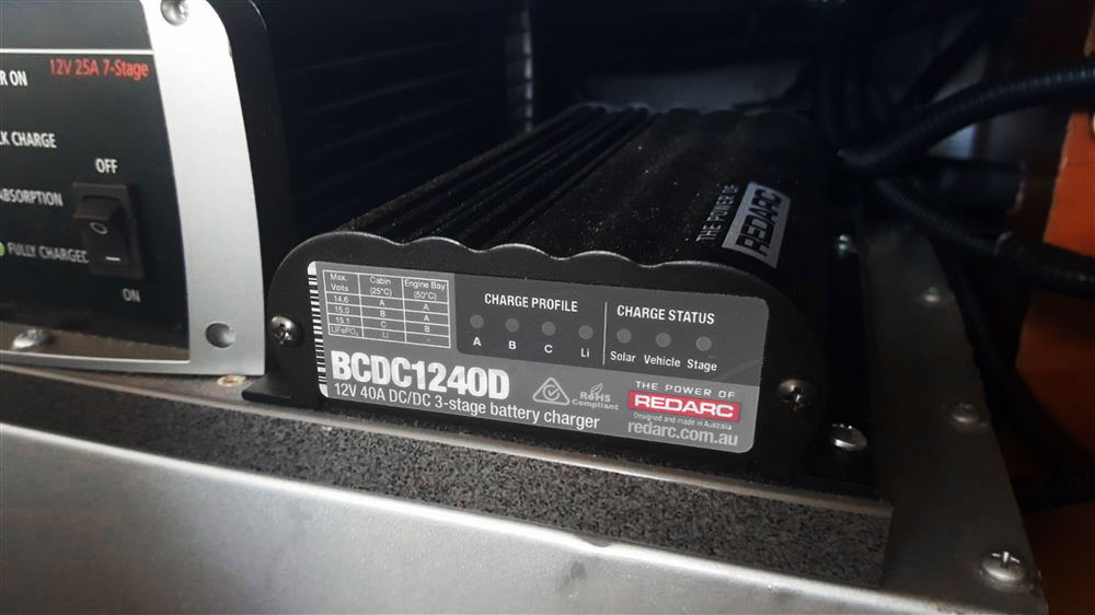 redarc-bcdc1240d-in-vehicle-battery-charger-40a-installed-frankies.jpg