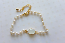 Ball and Link Pearl Bracelet Green