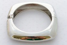 Egyptian High Polish Bangle Bracelet in Silver