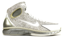 AIR ZOOM HUARACHE 2K4 KB METALLIC SILVER (SIZE 9.5)