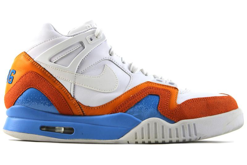 ... Nike  AIR TECH CHALLENGE II (2) SP AUSTRALIAN OPEN (SIZE 10.5). Image 1 3afd5573c7