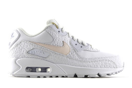 NIKE FLYLEATHER AIR MAX 90 SE (1 of 50 pairs)