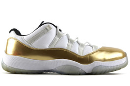 AIR JORDAN 11 RETRO LOW CLOSING CEREMONY 2016 (SIZE 13)