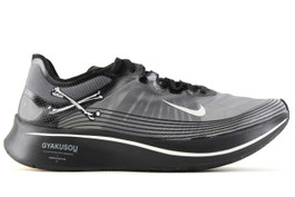 NIKE ZOOM FLY / GYAKUSOU BLACK