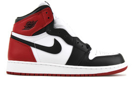 AIR JORDAN 1 RETRO HIGH OG BG (GS) BLACK TOE 2016 (SIZE 6.5Y)