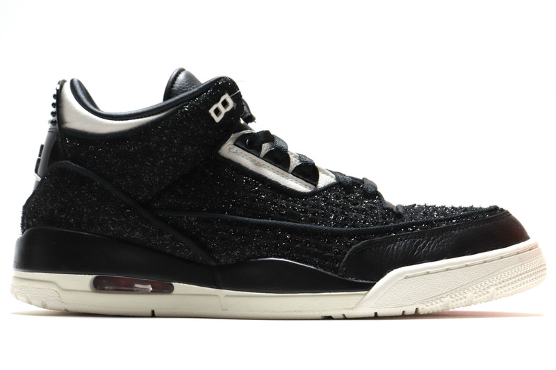check out 04679 064ff ...  W AIR JORDAN 3 RTR SE AWOK NRG VOGUE. Image 1. Loading zoom