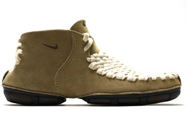 CONSIDERED BOOT KHAKI