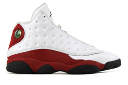 AIR JORDAN 13 RETRO VARSITY RED 2010  (SIZE 9)
