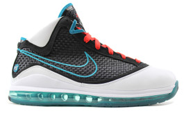 AIR MAX LEBRON VII NFW RED CARPET (SIZE 9.5)