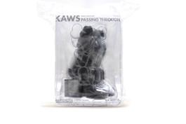 "KAWS COMPANION PASSING THROUGH ""OPEN EDITION"" BLACK"