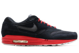 AIR MAX 1 TED X (SIZE 8)