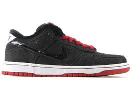 NIKE DUNK LOW PREMIUM SB LARRY PERKINS (SIZE 8.5)