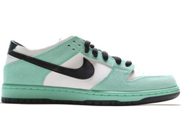 NIKE DUNK LOW PRO IW SEA CRYSTAL LOW SAMPLE (SIZE 10)