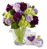 Eloquent Bouquet by Vera Wang with Fragrance