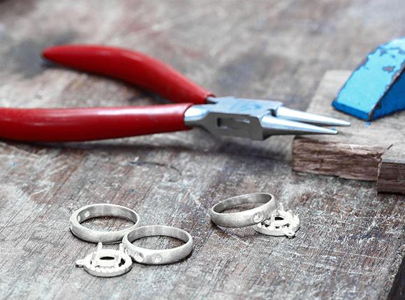 custom-rings.jpg