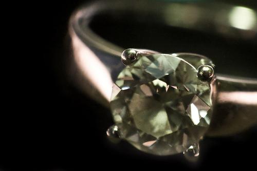 diamond-anniversary-rings.png