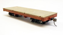 On30 18ft flat car - deck and chassis only