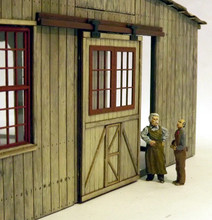 O scale single sliding shed door fitted to On30 roundhouse