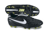 Tiempo Mystic III Firm Ground - Black/White