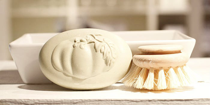 brosse a round beechwood french brush made with horsehair
