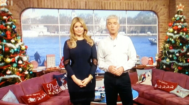 Jan Constantine's Christmas Cushions on 'This Morning' - Jan ...