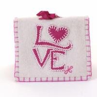 Love needle case, cream and pink