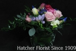 A beautiful and contemporary arrangment of the freshest spring Eco flowers at Hatcher's. Local Eco flowers as well as flowers from Sierra Flowers. Delivery to Toronto, North York, Markham and the GTA.