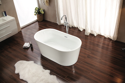 Monaco Freestanding tub with Taron faucet